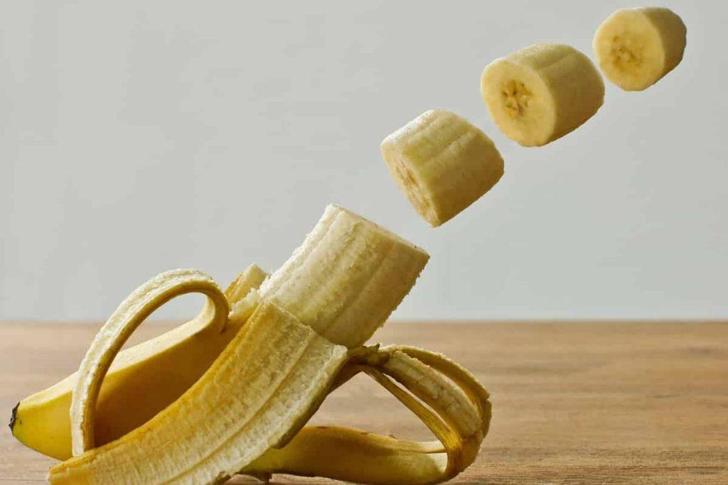 केला खाने से तुरंत ताकत मिलता है